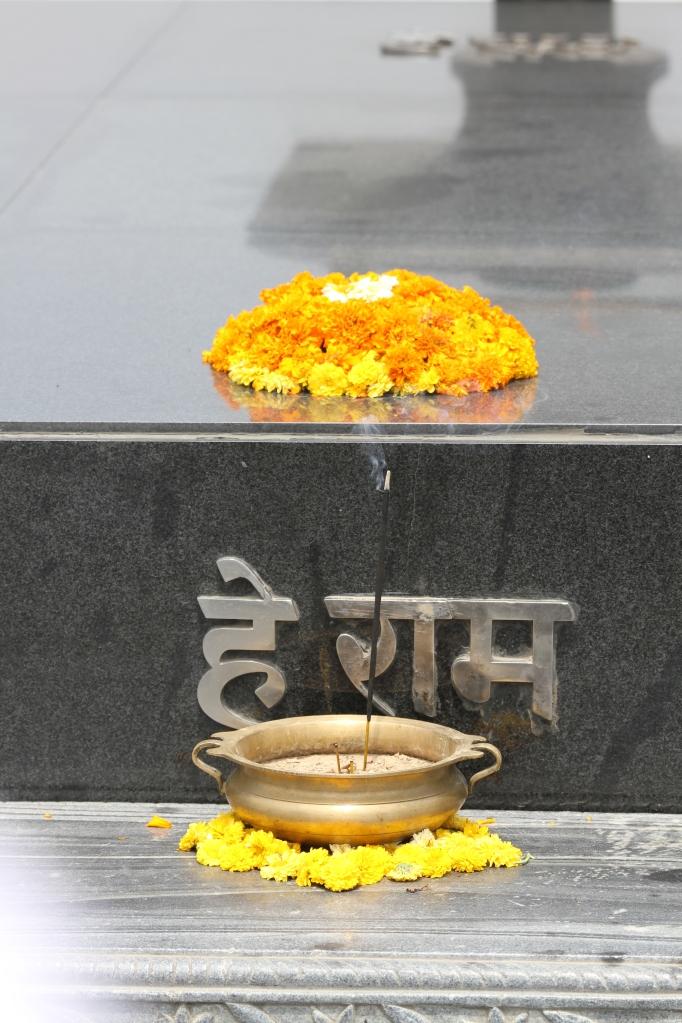 26 04 Gandhi's Memorial Gravesite
