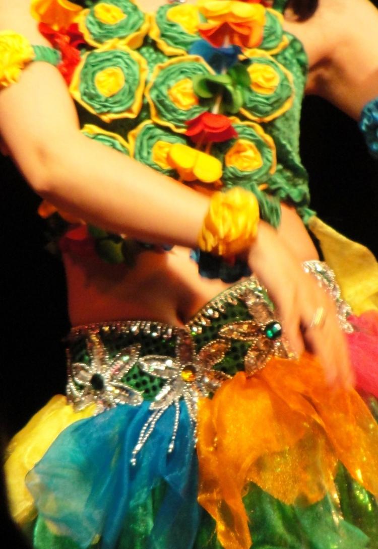 34-01 Yangtze dancer
