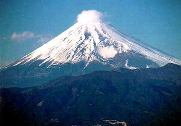 JapanFocusIllus_1_Mount_Fuji